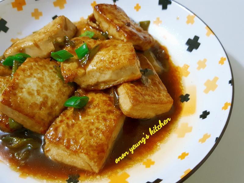 【簡易家常菜】紅燒豆腐