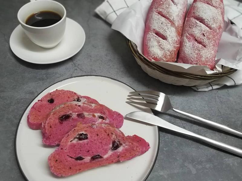 紅火龍果蔓越莓乾乳酪軟包
