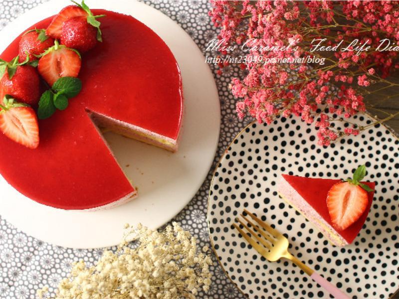 新鮮草莓慕斯蛋糕