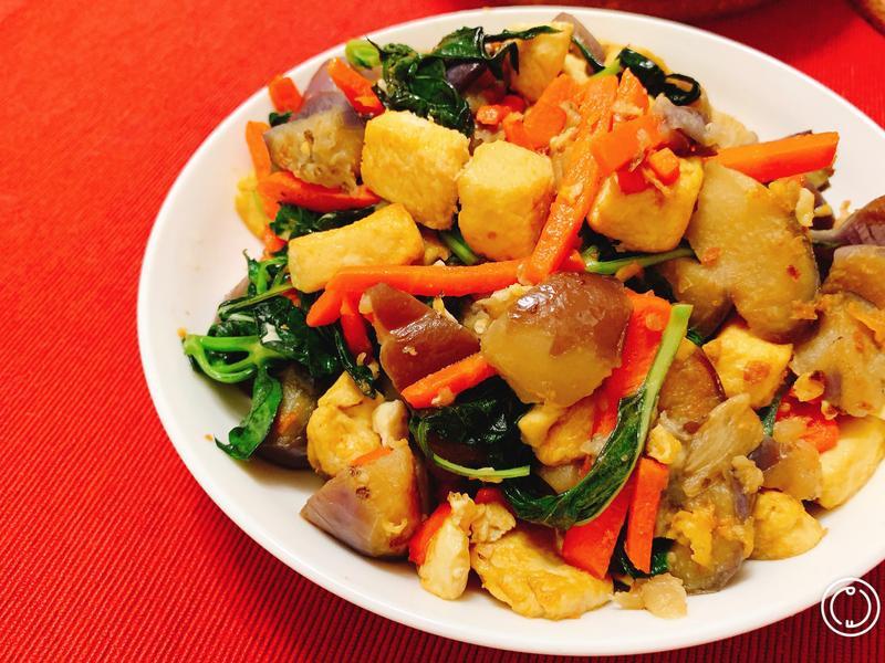 什錦塔香蛋豆腐