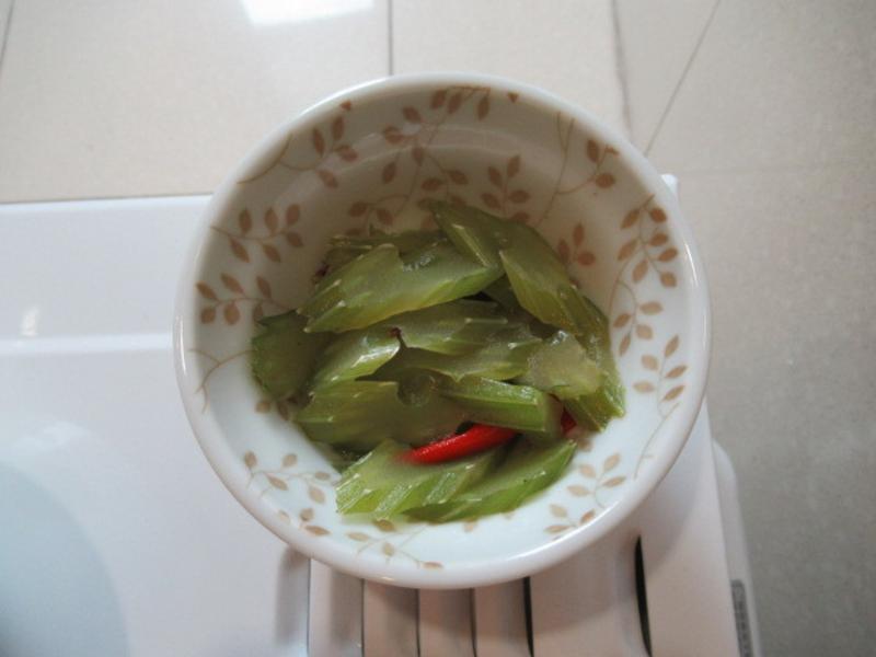 孜然蝦醬芹菜