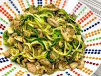 青醬蘑菇櫛瓜麵