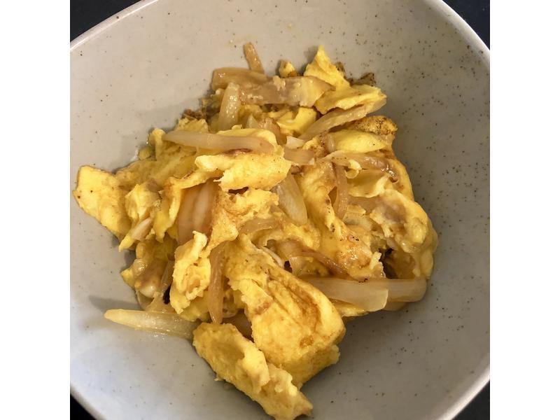 『洋蔥嫩煎蛋』