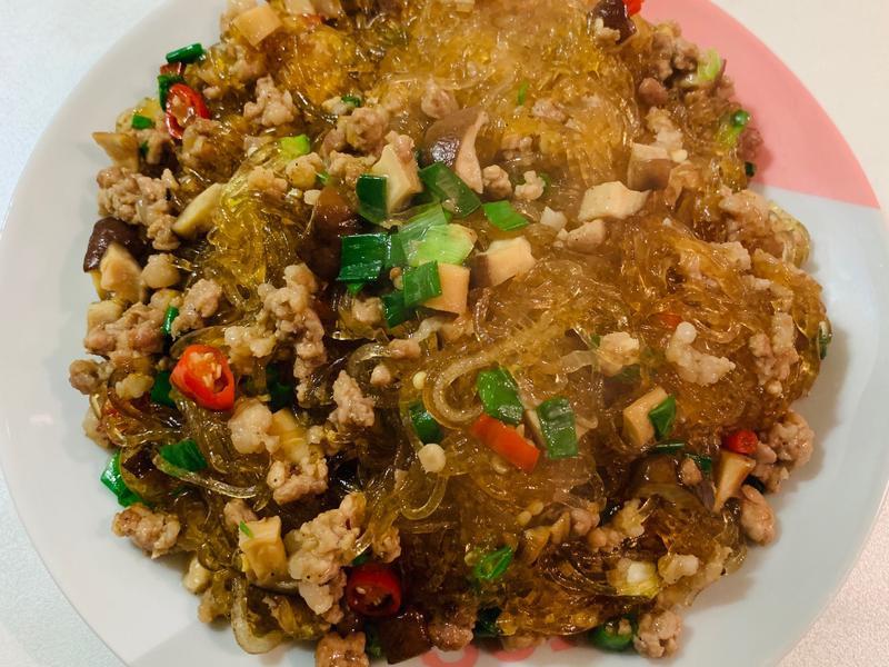 香菇豬肉炒冬粉