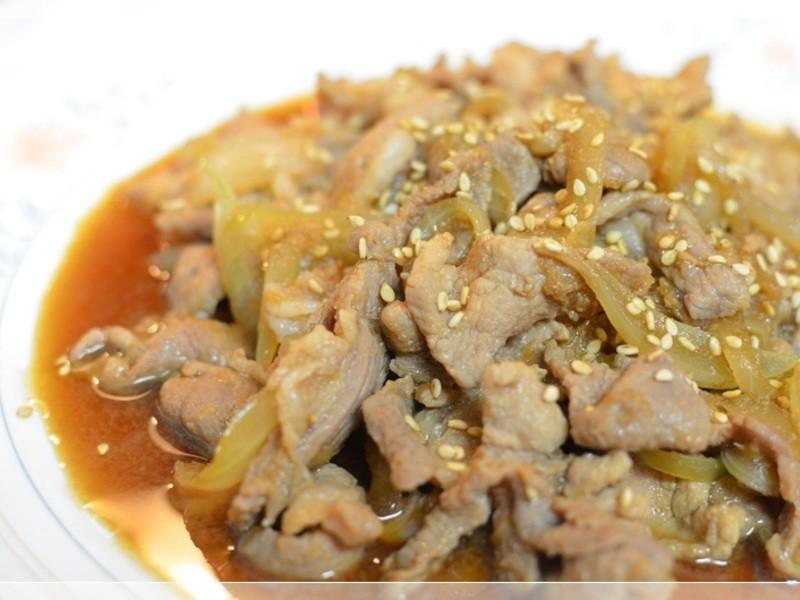 鹹甜好下飯的薑燒洋蔥豬肉