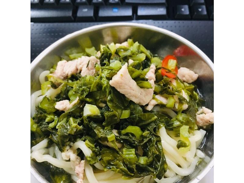 Fa Fa ~雪菜肉絲麵