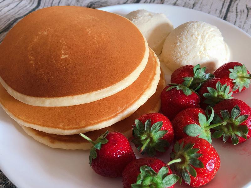 好吃又好看的草莓Pancake