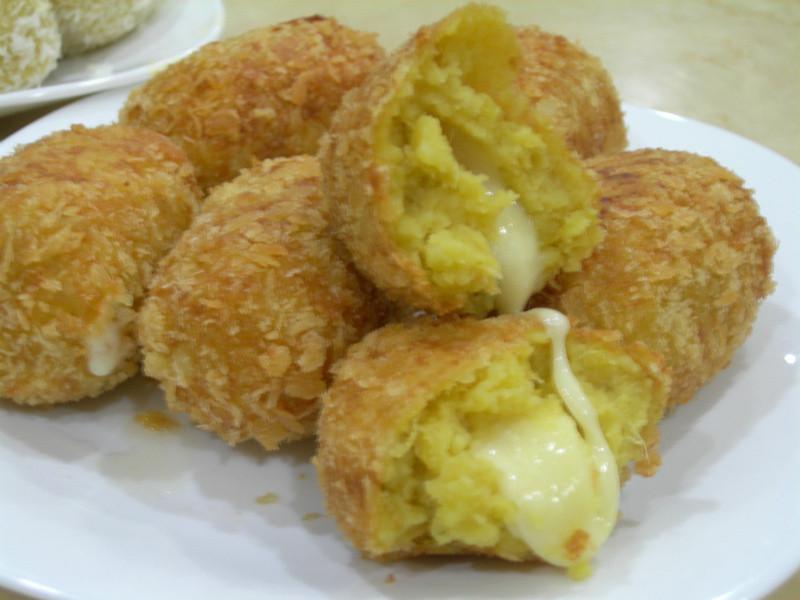 【黃金玄米油清爽料理】-炸莫札瑞拉地瓜球