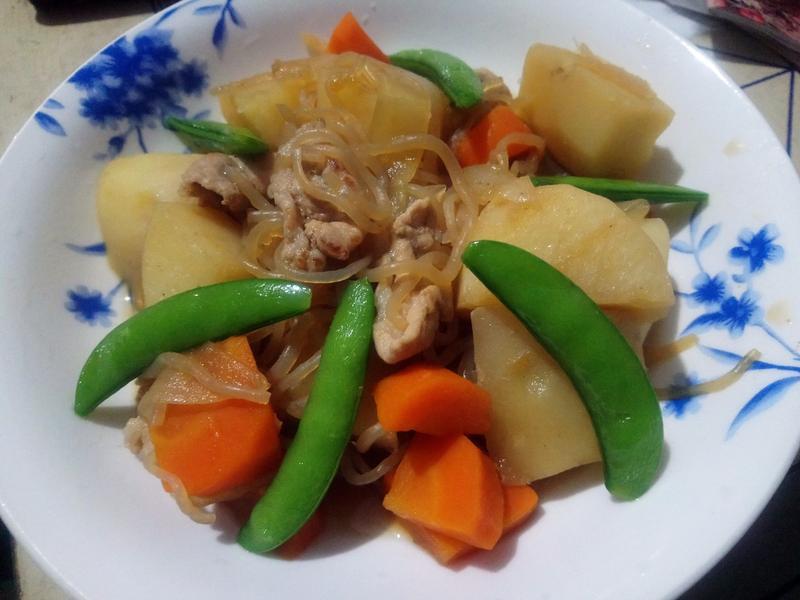 馬鈴薯燉肉(肉じゃが)