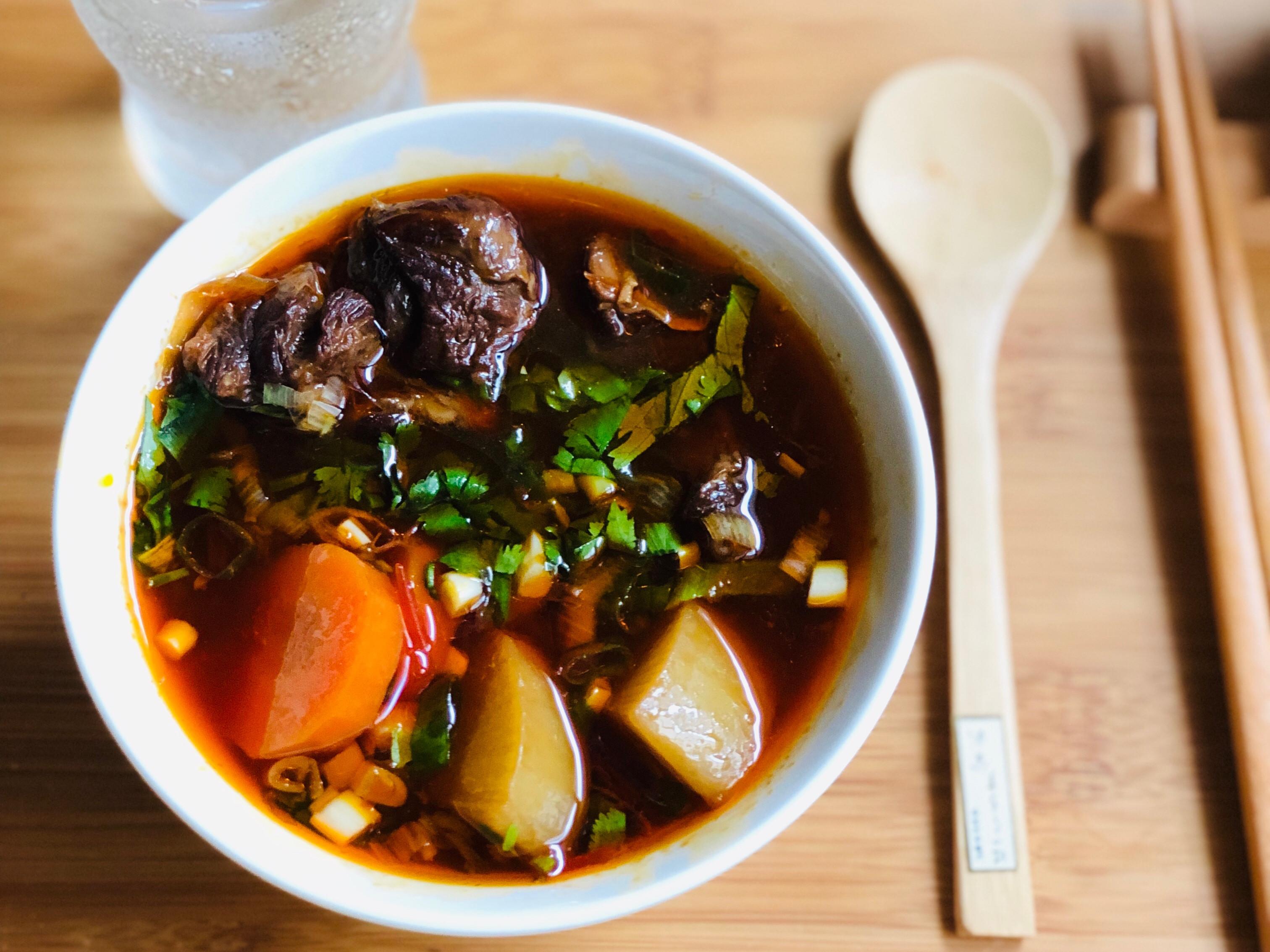 紅燒蕃茄牛肉湯