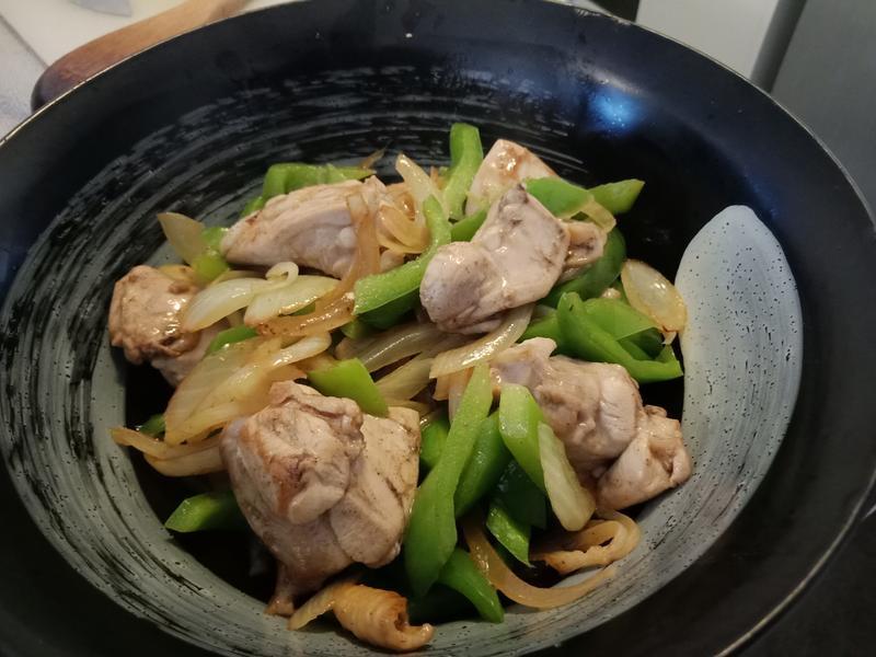 清炒青椒雞肉