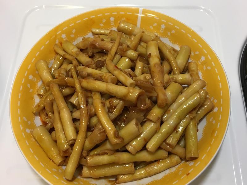 豆瓣醬炒箭筍