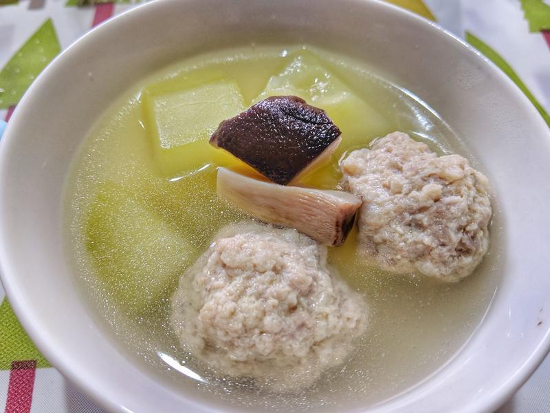 肉丸子大黃瓜湯