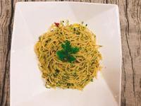 五星主廚快餐車的蒜香橄欖油清炒義大利麵