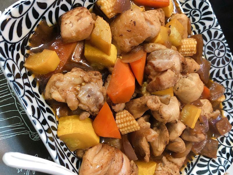 洋蔥蔬菜燒雞