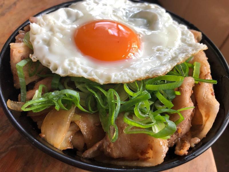 豬五花大蔥丼