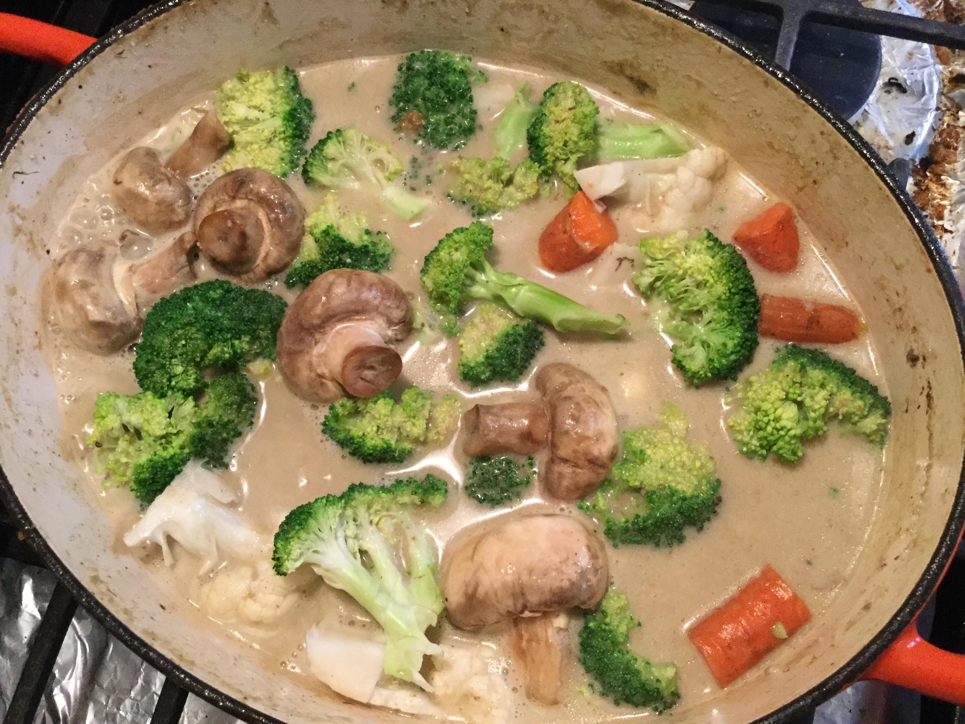 雞肉綠咖喱椰奶燉鍋