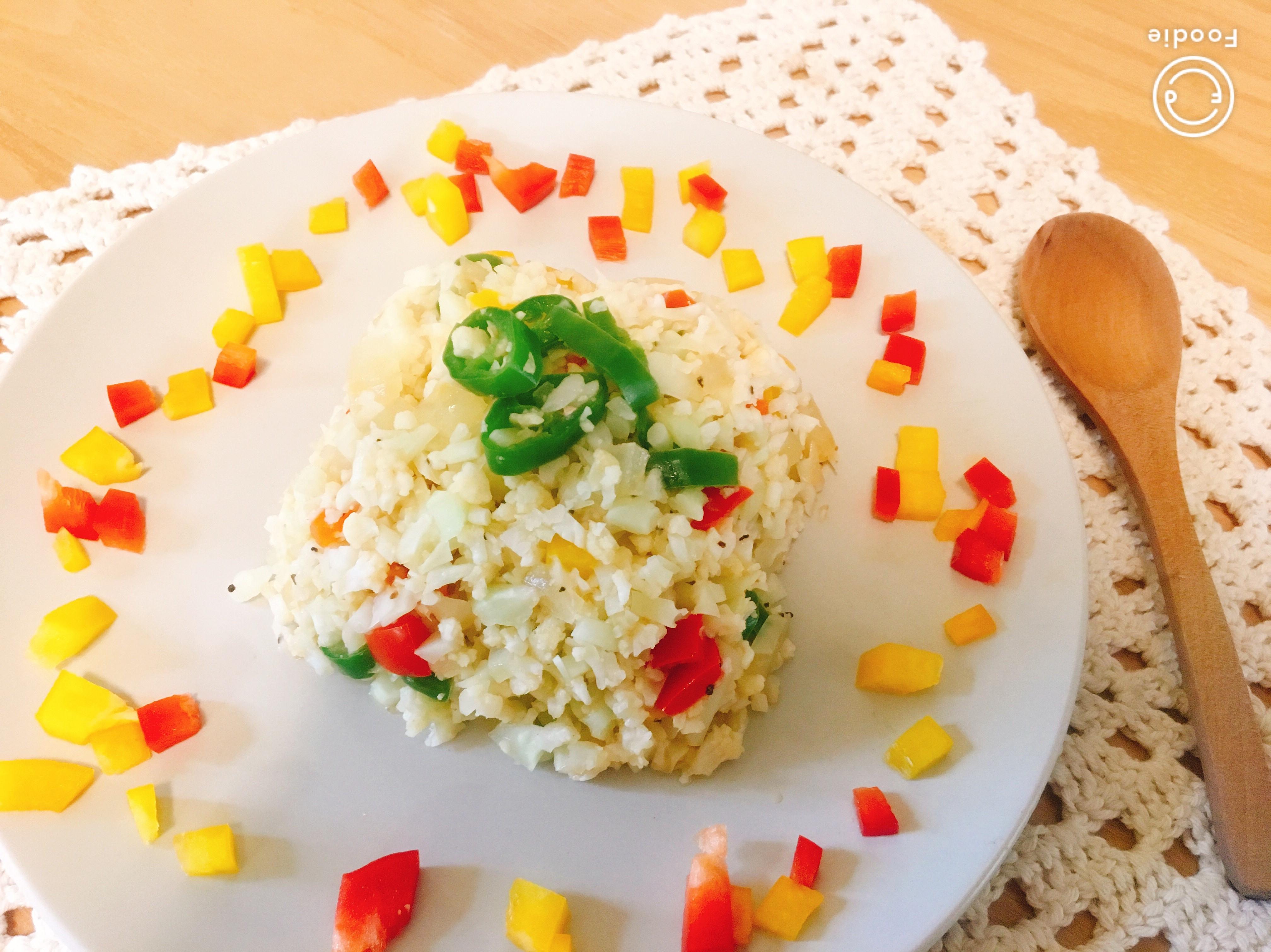 [生酮低醣餐]彩椒花椰菜炒飯