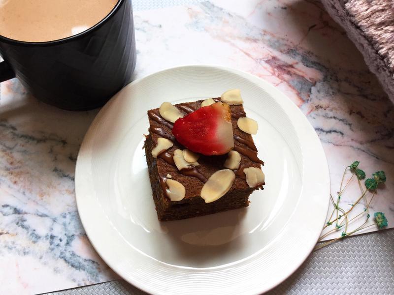 低碳生酮巧克力蛋糕🍰🍫。生酮飲食