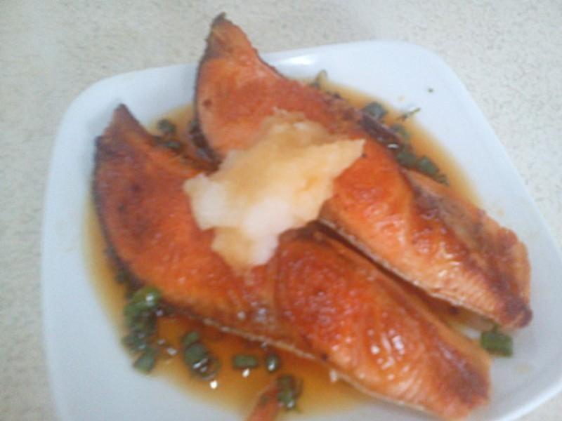 【四季江戶味之秋季料理】脆皮鮭魚佐香醋蘿蔔泥