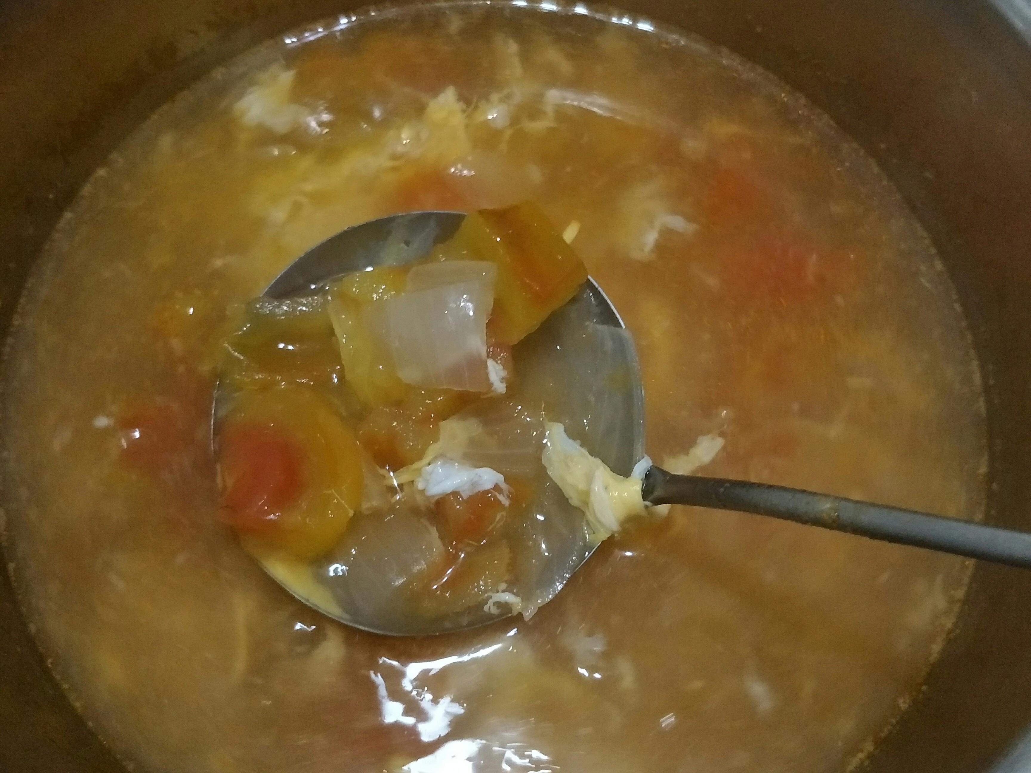 蕃茄洋蔥蛋花湯