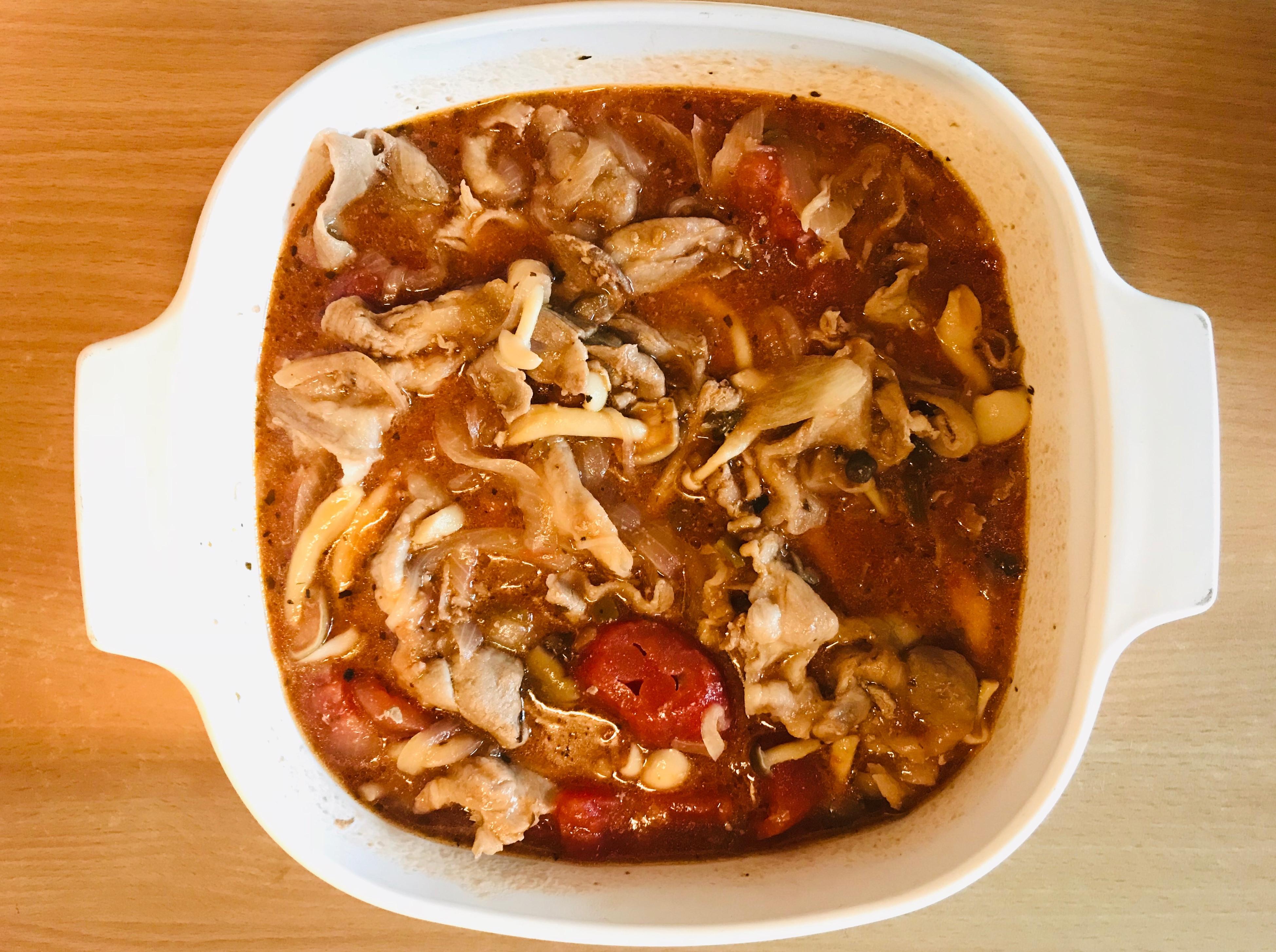 營養好吃:無水番茄豬肉菇菇煮