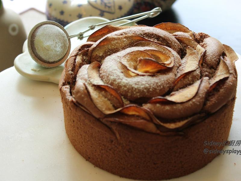 蘋果花朵巧克力戚風蛋糕(附製作影片)