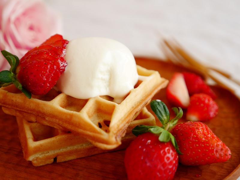 草莓冰淇淋鬆餅【3in1翻轉鬆餅機】