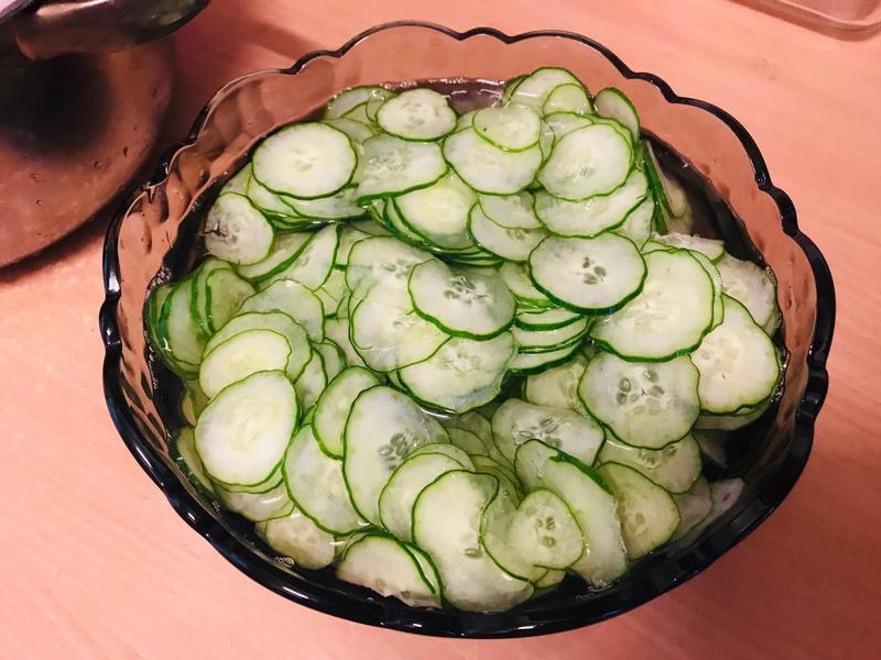 懶人料理:酸甜切片清薄醃製小黃瓜