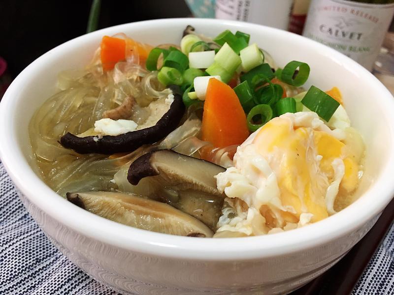 香菇蔥雞湯冬粉