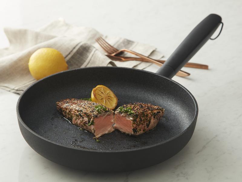 JIA Inc.日嚐平底鍋|香煎鮭魚排