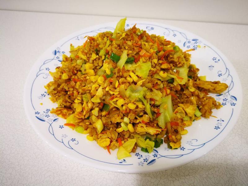 拜拜食材-咖喱雞絲蔬菜炒飯