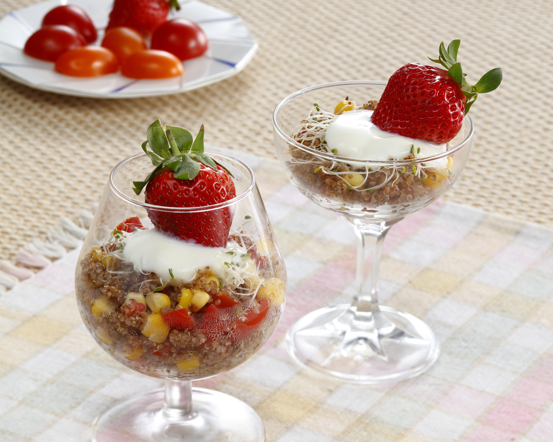 紅藜草莓優格盅