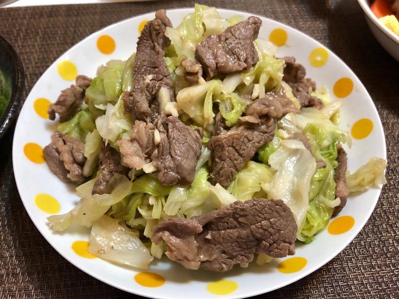 高麗菜炒牛肉片