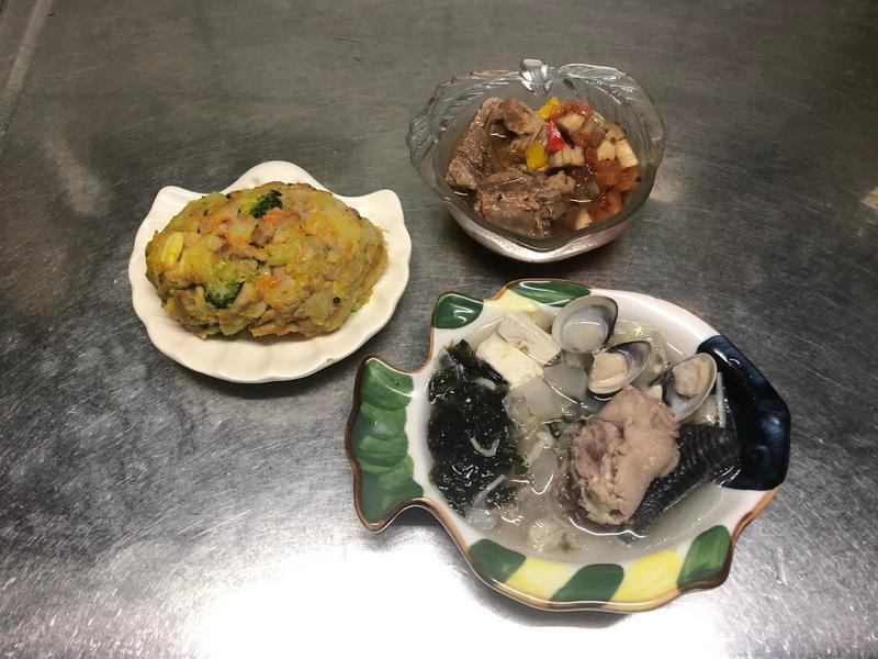 鮮食🐾偽可樂餅 香料燉菜肉 紫菜豆腐湯