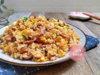 家常肉絲蛋炒飯。粒粒分明的秘訣