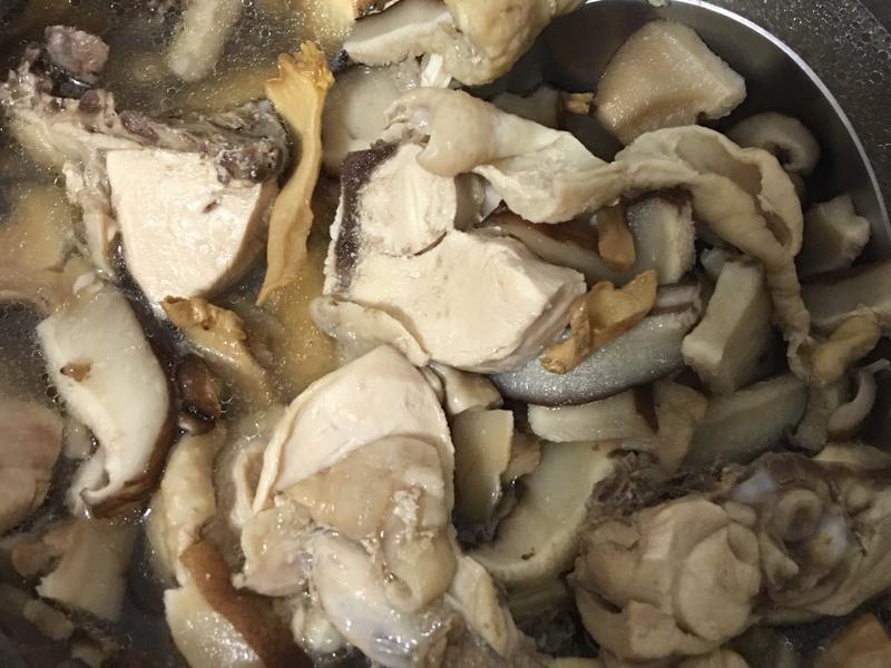 超簡單香菇雞湯