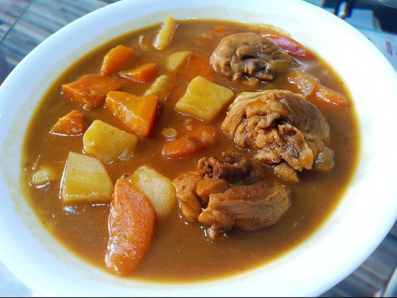 香濃咖哩雞(也可用其他肉品代替)