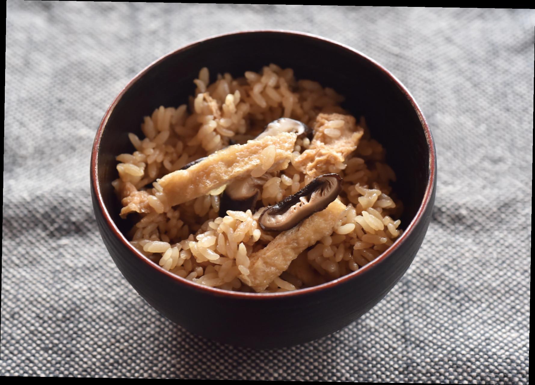 什錦飯──香菇的香氣擴散開來
