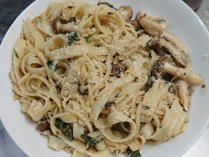 青醬九層塔義大利麵