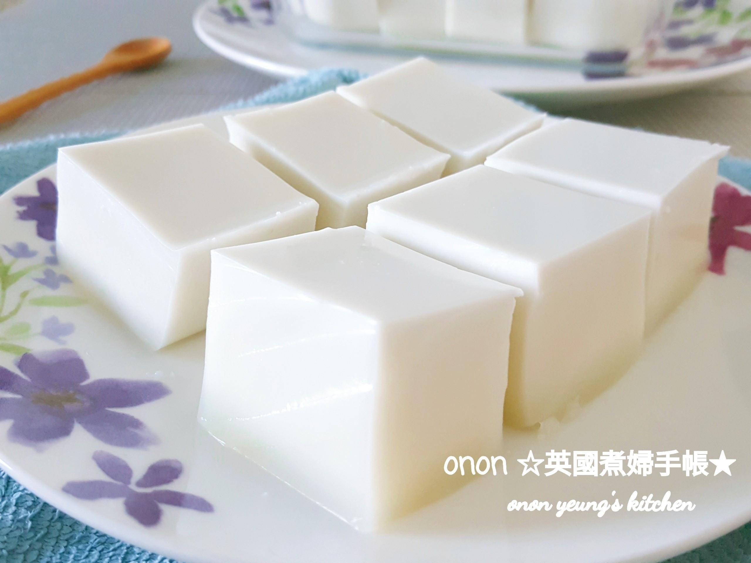 低卡冰涼鮮奶椰汁糕 消暑🌞夏日甜點