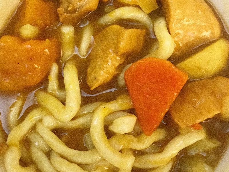 第一次在家煮飯|烏龍咖喱湯麵