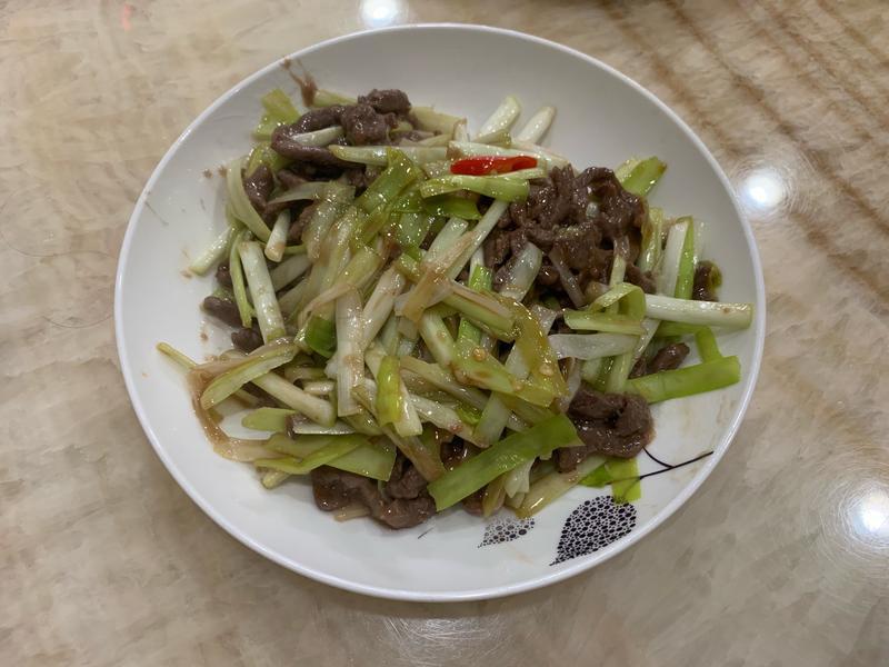 韭黃炒牛柳