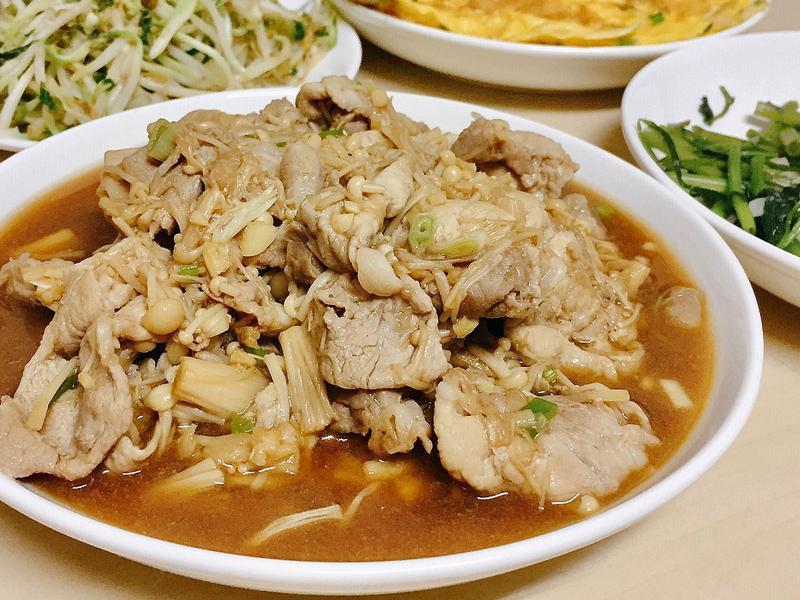 醬燒金針菇肉片