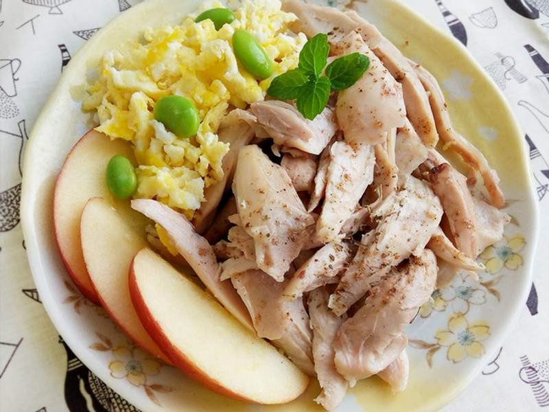 清蒸鹽水雞腿絲〞減重推薦低醣主菜
