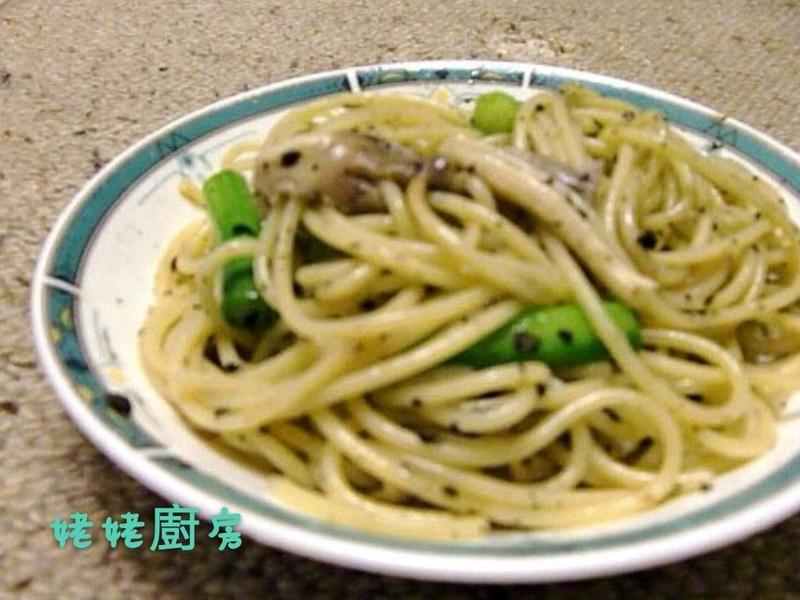 黑松露菇菇蘆筍意大利麵