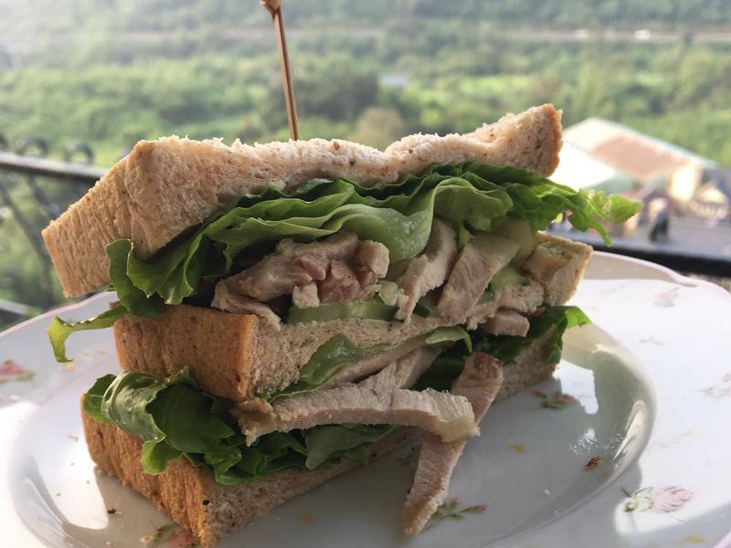 漢方涼肉三明治