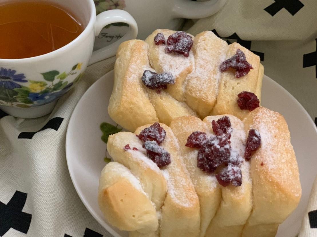 手撕煉乳麵包