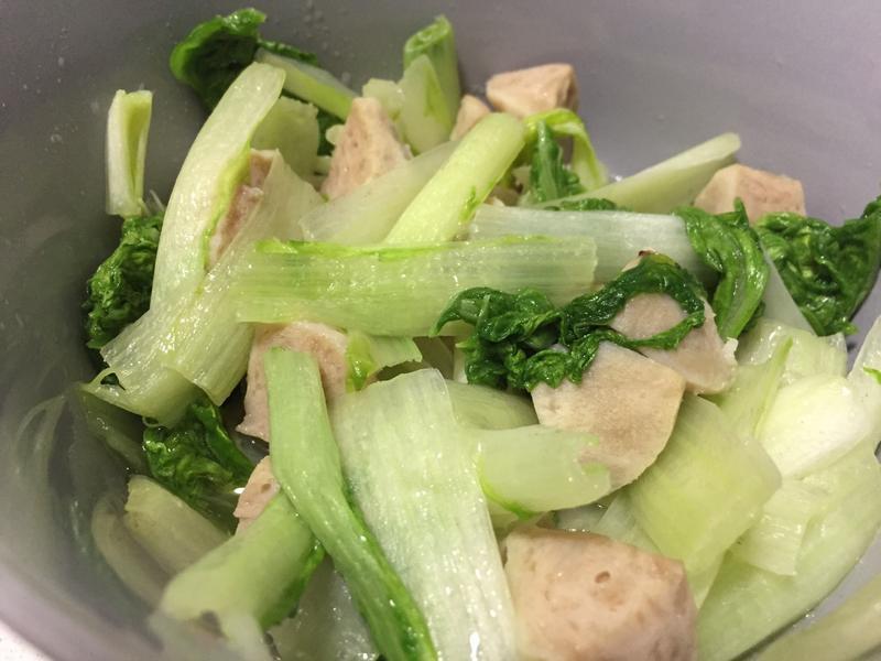 小白菜炒貢丸