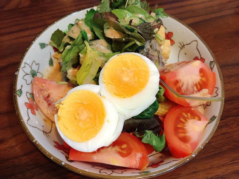 超簡單的健康早餐-玉美貝比生菜沙拉